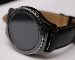 hands-on-with-the-new-samsung-gear-s2-136400172259703901-150903194032