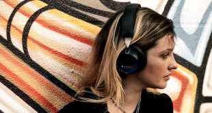 Bluetooth Headphones of Audiofly