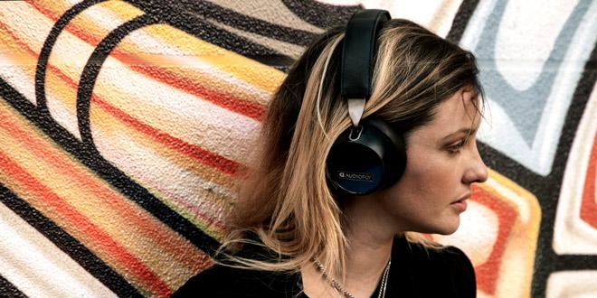 Bluetooth Headphones of Audiofly