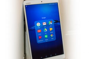 Huawei MediaPad M3 Interface and Functionality