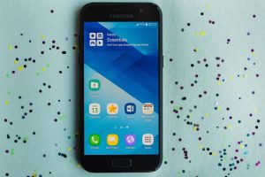 Samsung Galaxy A3 (2017) design and build quality
