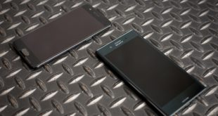 OnePlus 5 و Sony Xperia XZ Premium
