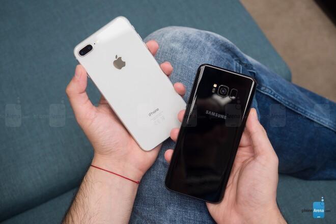 مقایسه گوشی های آیفون 8 پلاس و گلکسی اس 8 پلاس