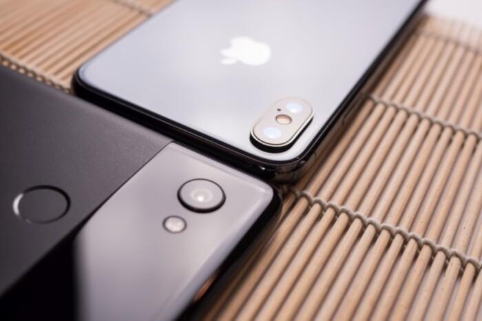 iPhone X و Pixel 2 XL