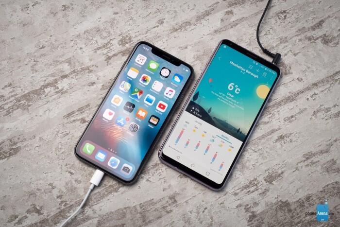 LG V30 و آیفون X