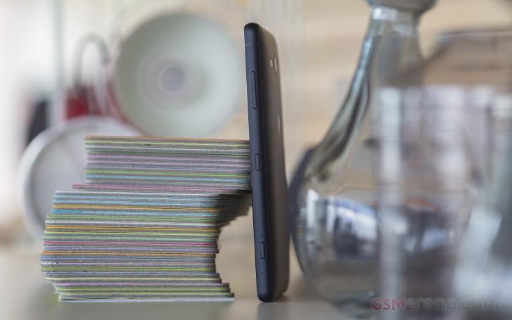 طراحی و کیفیت ساخت گوشی اکسپریا XZ2 کامپکت
