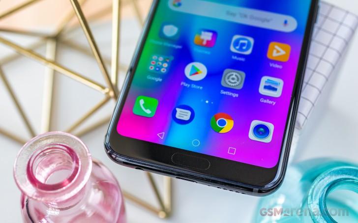 سخت افزار و نرم افزار بکارگیری شده در گوشی Honor 10