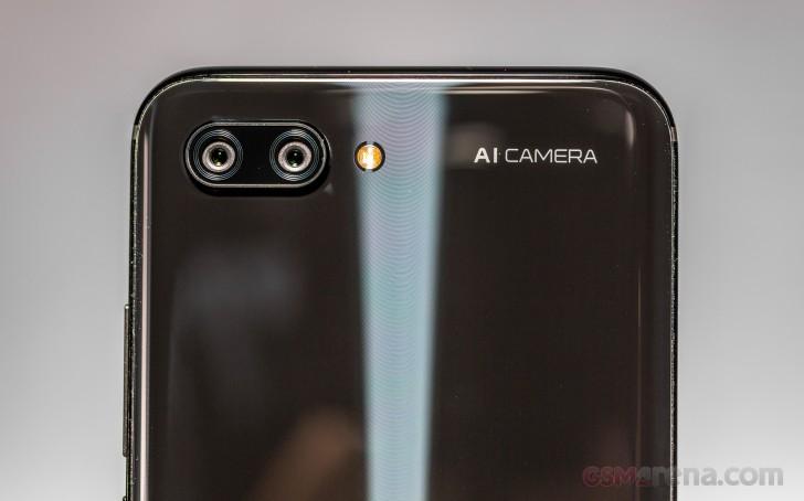 عملکرد دوربین های گوشی آنر 10