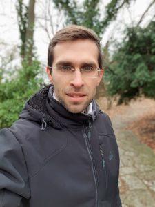 Note-9-Portrait-Mode-Selfie