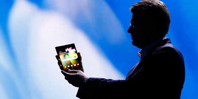 گوشی تاشو سامسونگ و Galaxy S10
