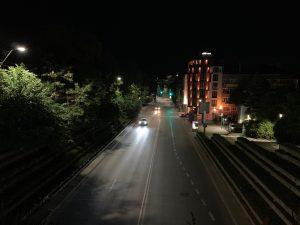 مقایسه دوربین گوشی های پرچمدار در نور روز و شب-Apple iPhone XS Max-scene-7