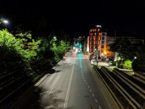 مقایسه دوربین گوشی های پرچمدار در نور روز و شب-Google Pixel 3-scene-7
