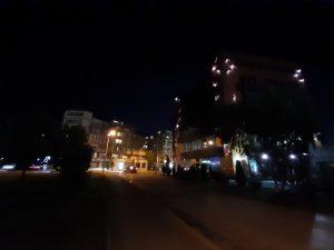 شب، لنز فوق عریض