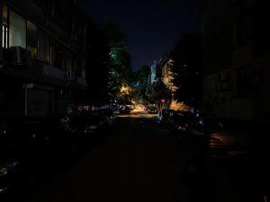 تاریکی مطلق، آیفون ایکس اس مکس
