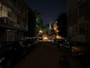 تاریکی مطلق، گلکسی نوت 10 پلاس