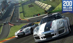 محیط بازی Real Racing 3 اندروید