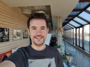 پرتره، فضای بسته، OnePlus 7 Pro